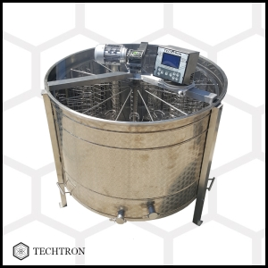 Cassette honey extractor with 14 frames